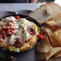 Foto scattata a Cafe 21 da PA N. il 4/20/2013