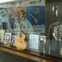 Foto tirada no(a) EM&T - Escola de Música e Tecnologia por Lednard L. em 2/16/2013