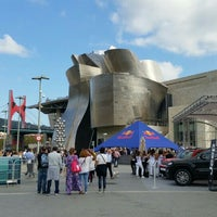 Photo taken at Red Bull Cliff Diving Bilbao by Stella M. on 9/26/2015