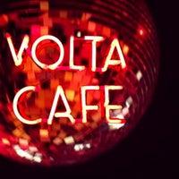 Foto tomada en Volta Café por Al el 6/21/2014