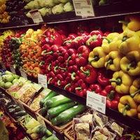 9/26/2012にAllison C.がWhole Foods Marketで撮った写真
