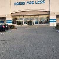 Photo taken at Ross Dress for Less by Leandro N. on 11/11/2016