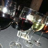 Foto tirada no(a) Sonoma Wine Bar & Restaurant por Jill P. em 11/18/2012