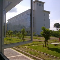 Photo taken at Engineering Faculty Gowa, Hasanuddin University by Debby A. on 2/6/2014