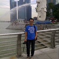 Photo taken at Departure Hall Ferry Terminal Batam Centre by putrananda p. on 5/16/2013