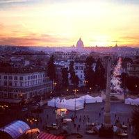 Foto tomada en Piazza del Popolo por Marina T. el 1/30/2013