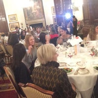 Photo taken at Union League Club Of Chicago by Katylou M. on 10/11/2017