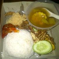 Photo taken at Pondok Bambu Food Court by Teddy L. on 4/17/2013