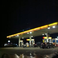 Photo taken at Shell by Jureepan N. on 8/20/2012