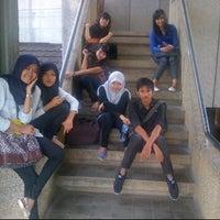 Photo taken at Gedung D Universitas Andalas by riyani anissa on 1/26/2012