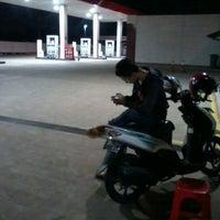 Photo taken at SPBU TOTAL Bumi Serpong Damai (BSD) by Bambang Y. on 3/17/2012