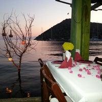 Photo prise au Karafaki Restaurant par Eray B. le7/25/2012
