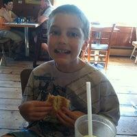 Das Foto wurde bei The Barn von Julie R. am 7/3/2012 aufgenommen