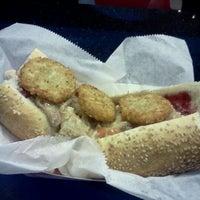 Foto tirada no(a) Jake's Sandwich Board por E W. em 11/22/2011