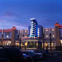 Foto tirada no(a) Citadel Mall IMAX Stadium 16 por Chris D. em 7/25/2011