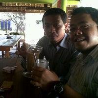 Photo taken at Kantin Indosat Daan Mogot by jayanta n. on 4/5/2011