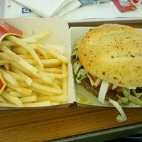 Foto tomada en McDonald's por GaliGuille el 7/17/2012