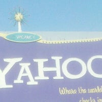 Photo taken at Yahoo! Sign by Dre on 9/30/2011
