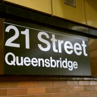 Photo taken at MTA Subway - 21st St/Queensbridge (F) by CeNT on 8/9/2011