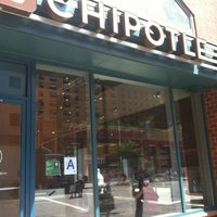 Photo taken at Chipotle Mexican Grill by Tania G. on 8/9/2012