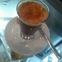 Foto diambil di Caffè Latte oleh Paula R. pada 3/12/2012