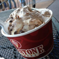 Photo taken at Cold Stone Creamery by Vince T. on 5/12/2012