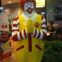 Photo taken at McDonald's & McCafé by Ivan L. on 7/29/2012