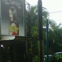 Photo taken at Davidy Salon & Spa by Rio E. on 1/9/2012