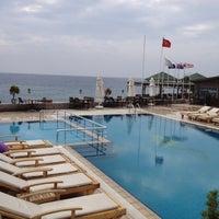 Photo taken at Kervansaray Otel by Murat A. on 5/10/2012