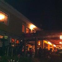 Photo taken at Menina Zen by Thiago P. on 8/8/2011