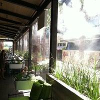 Photo taken at True Food Kitchen by Roaming B. on 8/14/2011