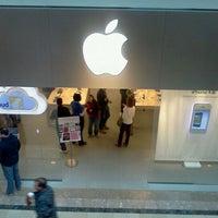 Photo taken at Apple Bridgewater by Carlo M. on 2/11/2012