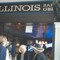 Photo taken at Illinois Bar & Grill by Robert S. on 9/4/2011