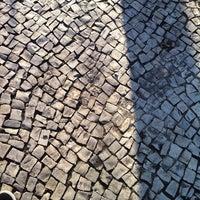 Photo taken at Ponto De Onibus - Pracinha Ari Parreiras by Rafael B. on 9/13/2011