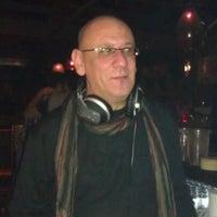 รูปภาพถ่ายที่ Jourfixe โดย Alexandros T. เมื่อ 11/18/2011