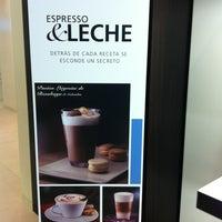 Foto tirada no(a) Nespresso Boutique por María em 7/3/2012