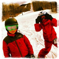 Photo taken at Smugglers' Notch Resort by Nicole R. on 2/18/2012