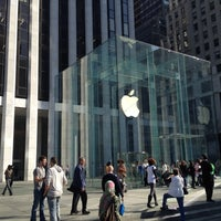 3/19/2012にJoseph W.がApple Fifth Avenueで撮った写真