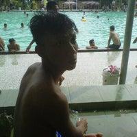 รูปภาพถ่ายที่ Kolam Renang Gelanggang Sunter โดย Andre M. เมื่อ 6/24/2012