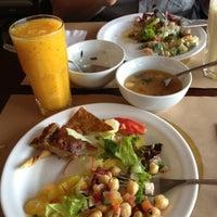 Photo taken at Banana Verde by Mabel L. on 5/27/2012