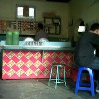 Photo taken at Burjo Murni Jakal by Afrizal H. on 9/22/2011