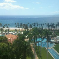 Photo taken at Grand Wailea, A Waldorf Astoria Resort by MartiniFan on 8/17/2011