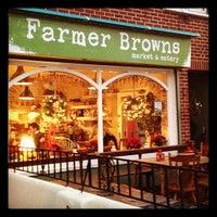Снимок сделан в Farmer Browns пользователем Daragh W. 11/26/2011