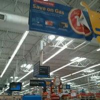 Photo taken at Walmart Supercenter by Javier F. on 9/15/2011