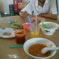 Photo taken at Fresh Food Court by Teoh Z. on 4/11/2012