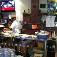 Das Foto wurde bei Olivella's von Linda U. am 3/18/2012 aufgenommen