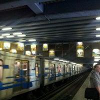 Foto tomada en Metro República por Cristopher Z. el 11/3/2011