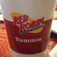 Photo taken at Red Robin Gourmet Burgers by Nikki C. on 1/13/2012