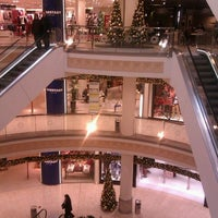 Das Foto wurde bei Einkaufszentrum Limbecker Platz von Marco M. am 11/25/2011 aufgenommen