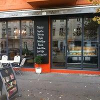 Photo taken at Café Libertad by Emir Ç. on 11/24/2011